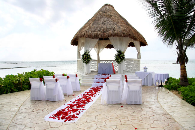 Matrimonio In Spiaggia Hawaii : Rito civile e ricevimento in location wedding glam
